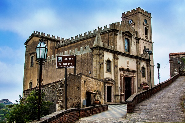 <strong>Savoca e Taormina</strong>
